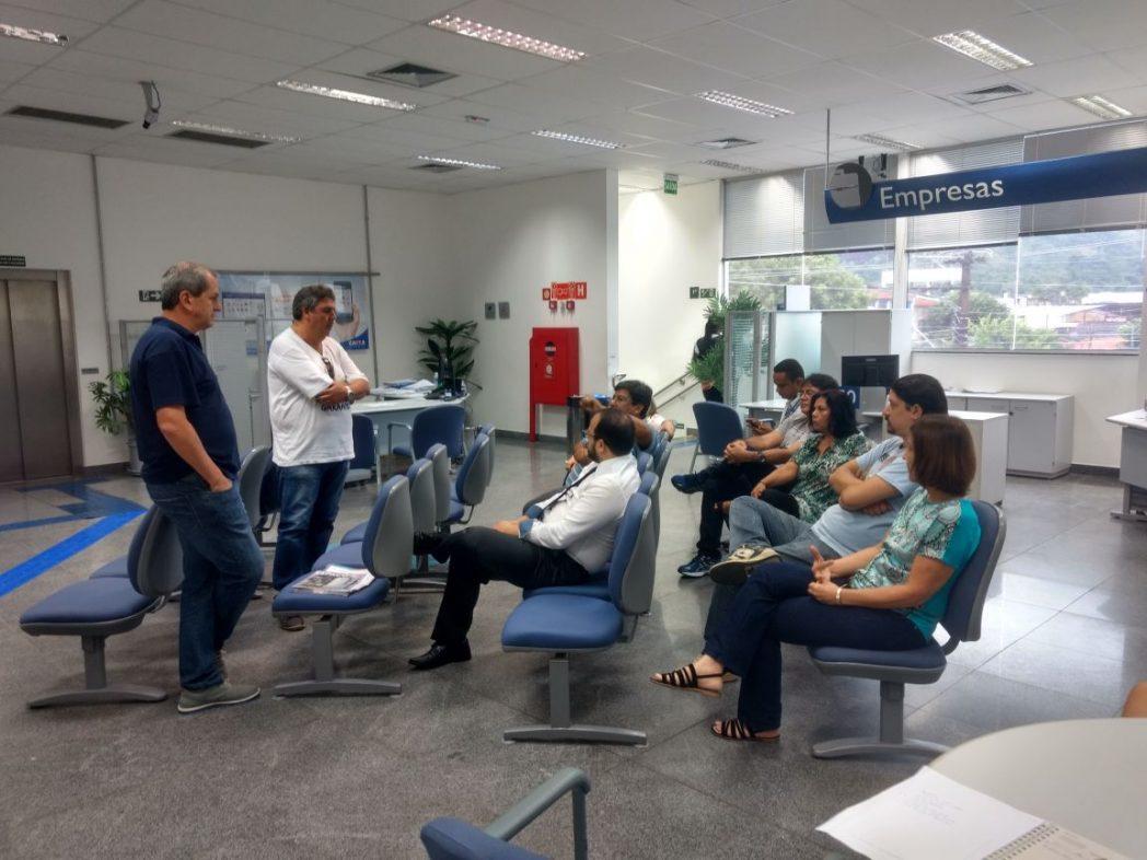 Sindicato realiza reuniões nas agências bancárias de Caraguatatuba